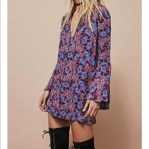 Free people magic mystery split vneck tunic blouse